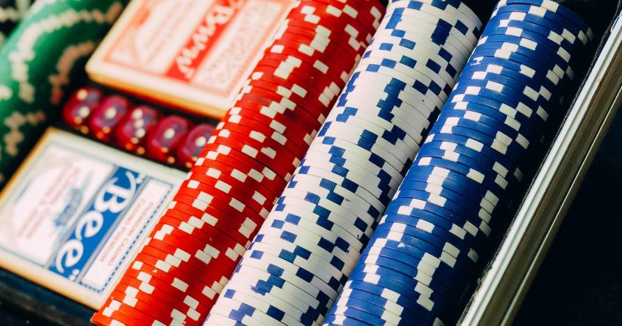 Iekļūstiet Texas Hold'em