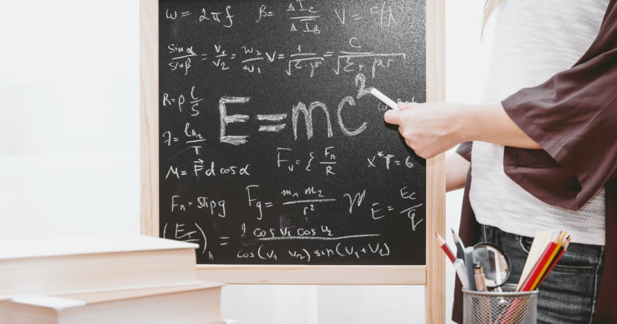 Kā izmantot matemātiku, lai spēlētu blekdžeku tiešsaistē un uzvarētu